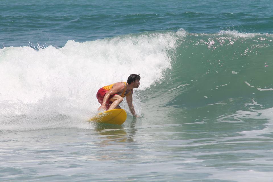 Dr. Kollen surfing